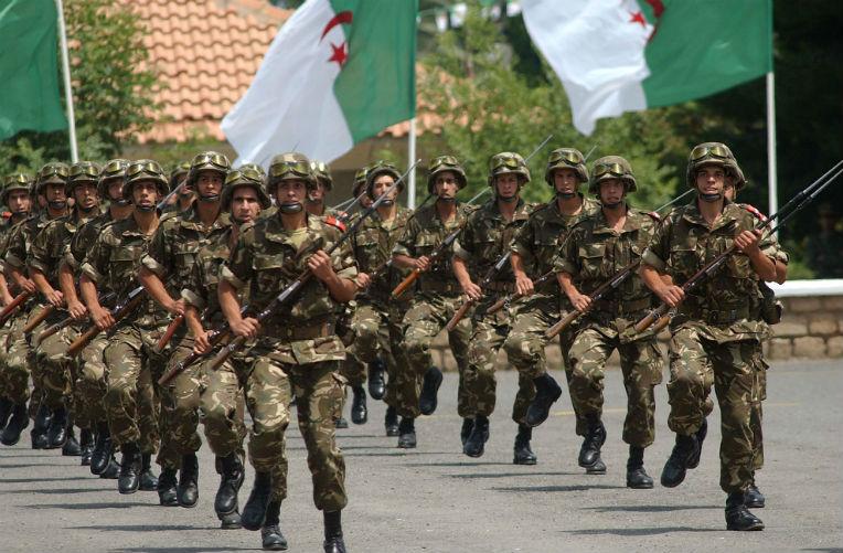 2a6aab18d5de0 الجزائر - مجلة الجيش