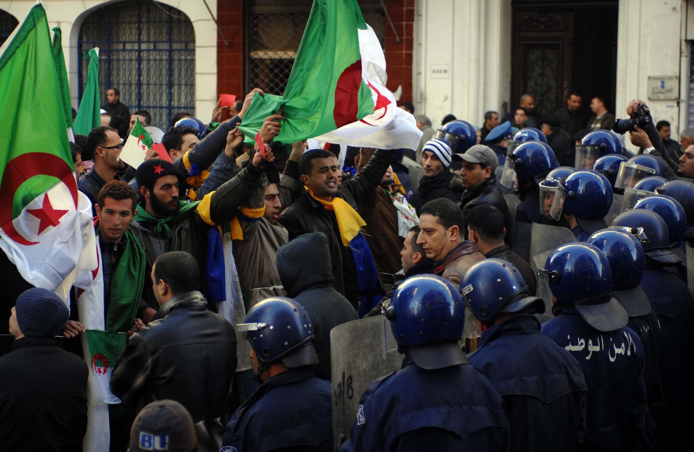 الجزائرـ الصحافة الدولية تؤكد قوة التعبئة في مسيرات الجمعة 26 — TSA عربي