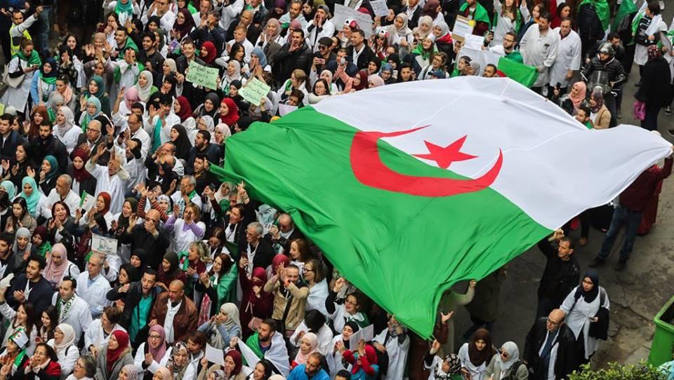 حراك الجزائر: هذه أهم المحطات الرئيسية منذ 22 فيفري — TSA عربي