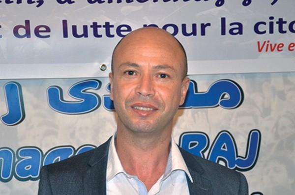 الجزائرـ فرساوي ينفي مسؤولية جمعيته بشأن احتجاج الطلبة ضد لجنة الحوار .(فيديو) — TSA عربي