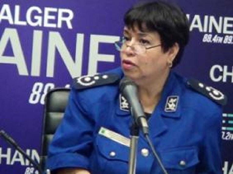 police femme algerie