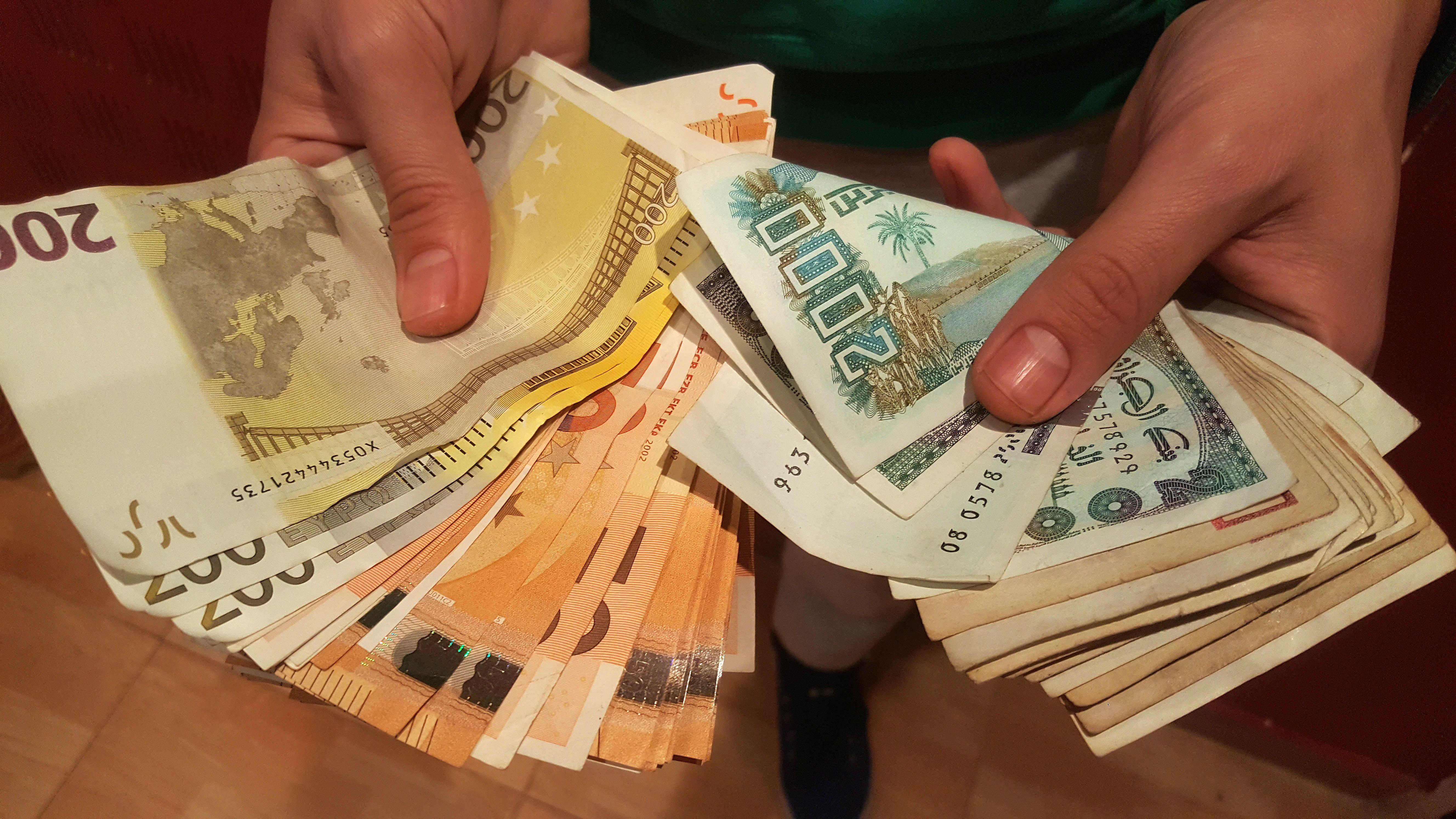 Nouveau record de l'euro face au Dinar — Devise