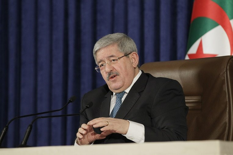 Ouyahia : «Il y a des erreurs dans le décret sur les produits interdits d'importation»